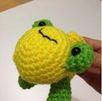 編み物(蛙)